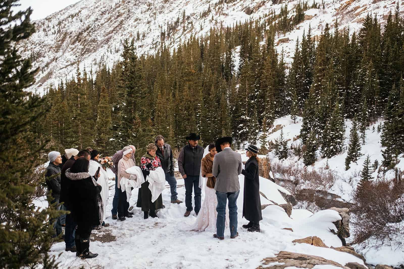 intimate colorado wedding in the snow
