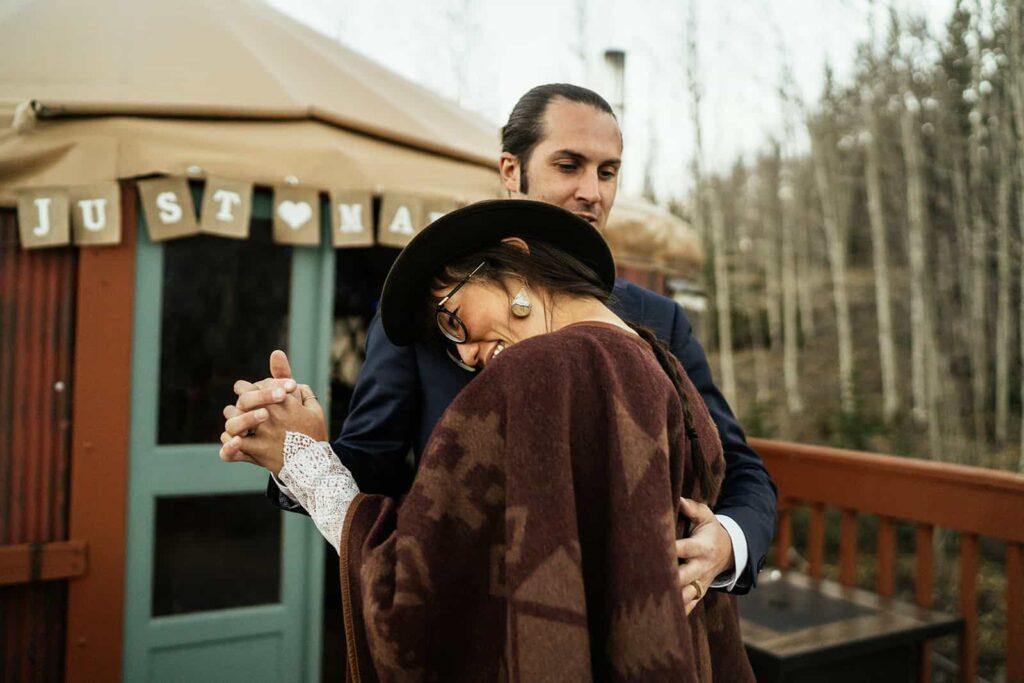 couple dancing at colorado yurt elopement